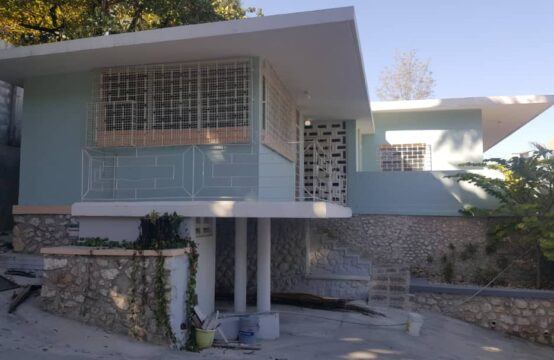 Commercial/ Office sapce for rent, Pacot, Haiti #bestonehaitirealestate