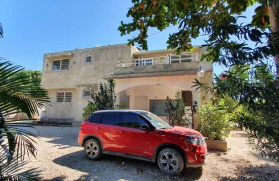 House for sale , 4 Bedroom, 4.5 Bathroom, Lilavois, Haiti