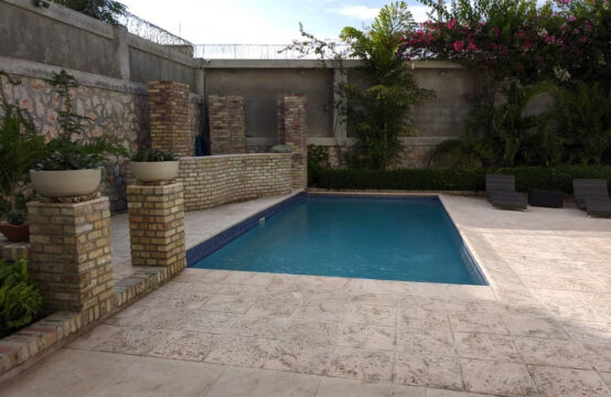 House for rent , 3 Bedroom, 3 Bathroom, Vivy Mitchell